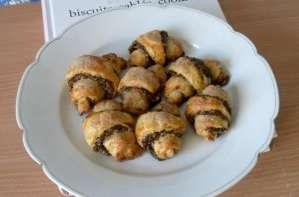Mini croissants aux pruneaux