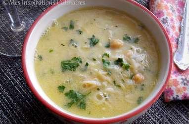 Chorba algeroise sauce blanche