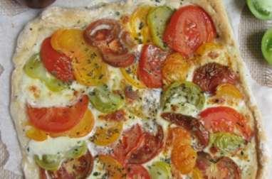 Pizza aux tomates anciennes