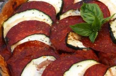 Tarte chorizo et courgette sur lit de sauce tomate aux poivrons