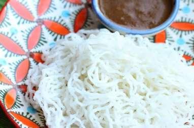 Nouilles de riz au lait de coco sucré