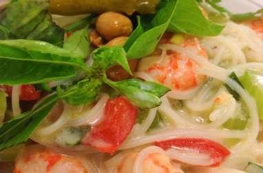 La soupe de nouilles aux crevettes au lait de coco