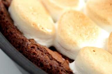 S'mores brownie au chocolat et caramel au beurre salé