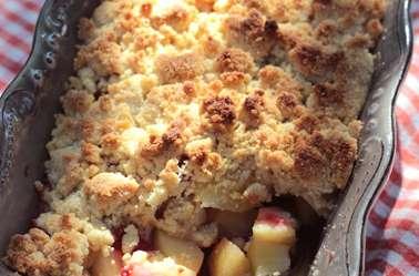 Crumble pommes poires framboises aux flocons d'avoine