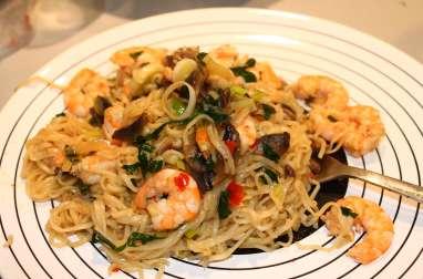 Crevettes et champignons à la sauce piquante