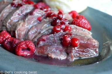 Magrets de canard sauce framboises et canneberges au miel