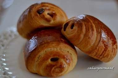 pains briochés roulés au chocolat