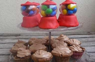 Cupcakes distributeurs de bonbons au Kinder chocolat