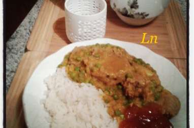 Masoor Dal de lentilles corail et petits pois au curry en deux versions