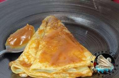 Crêpes au caramel au beurre salé fait maison
