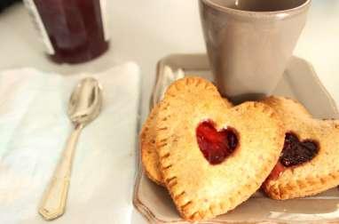 Biscuits fourrés, noisette et fruits rouges