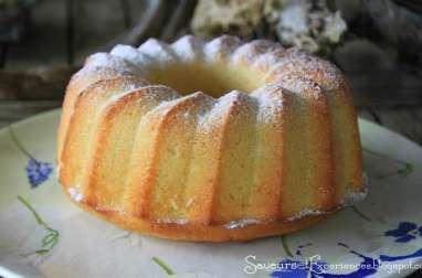 Gâteau au citron, vanille, lait de coco et rhum