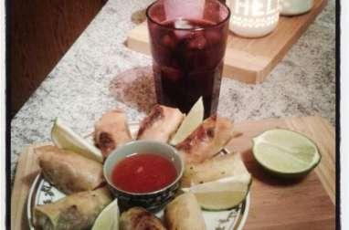 Rouleaux croustillants au boeuf curry et petits pois
