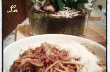 Bolognese express aux champignons et au thym
