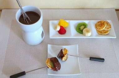 Poffertjes et fondue au chocolat