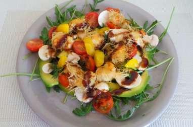 Salade composée avocats et langoustines en kadaif