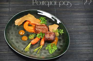 Chevreuil / carottes / moutarde mangue miso / tuile d'épeautre