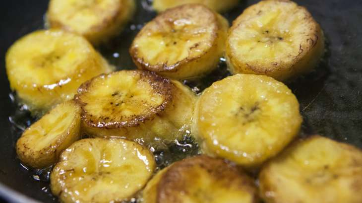 Banane plantain recette de bananes plantain frites ou - Cuisiner bananes plantain ...