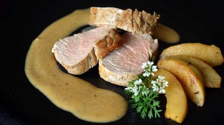 filet mignon à la normande - recette du filet mignon aux pommes et