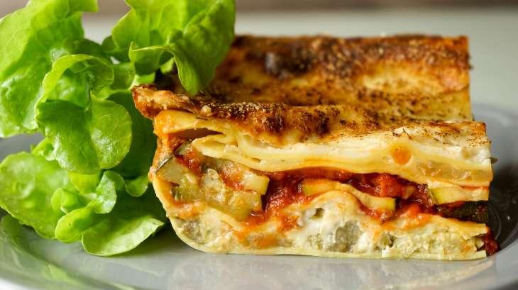 lasagnes de l gumes recette de lasagnes v g tariennes recette par chef simon. Black Bedroom Furniture Sets. Home Design Ideas