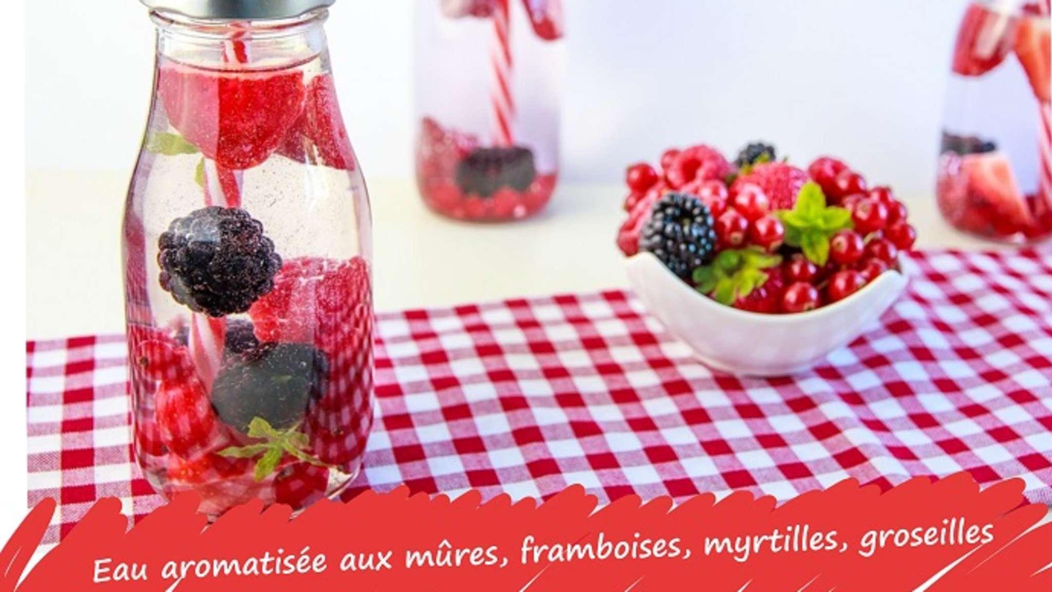 Eau aromatisée aux mûres, myrtilles ou groseilles, verveine et citron