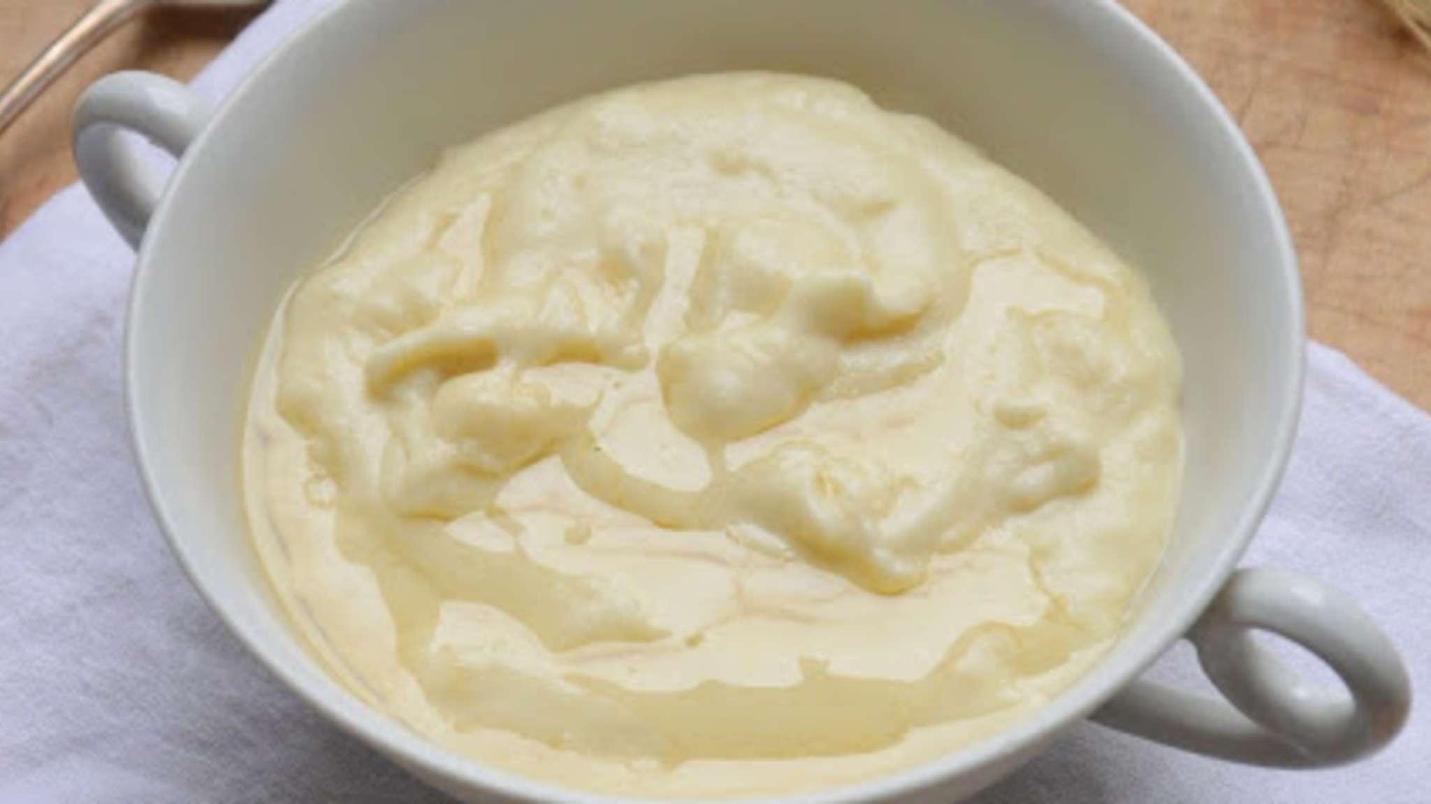 Bouillie de blé dur au miel comme en Sardaigne