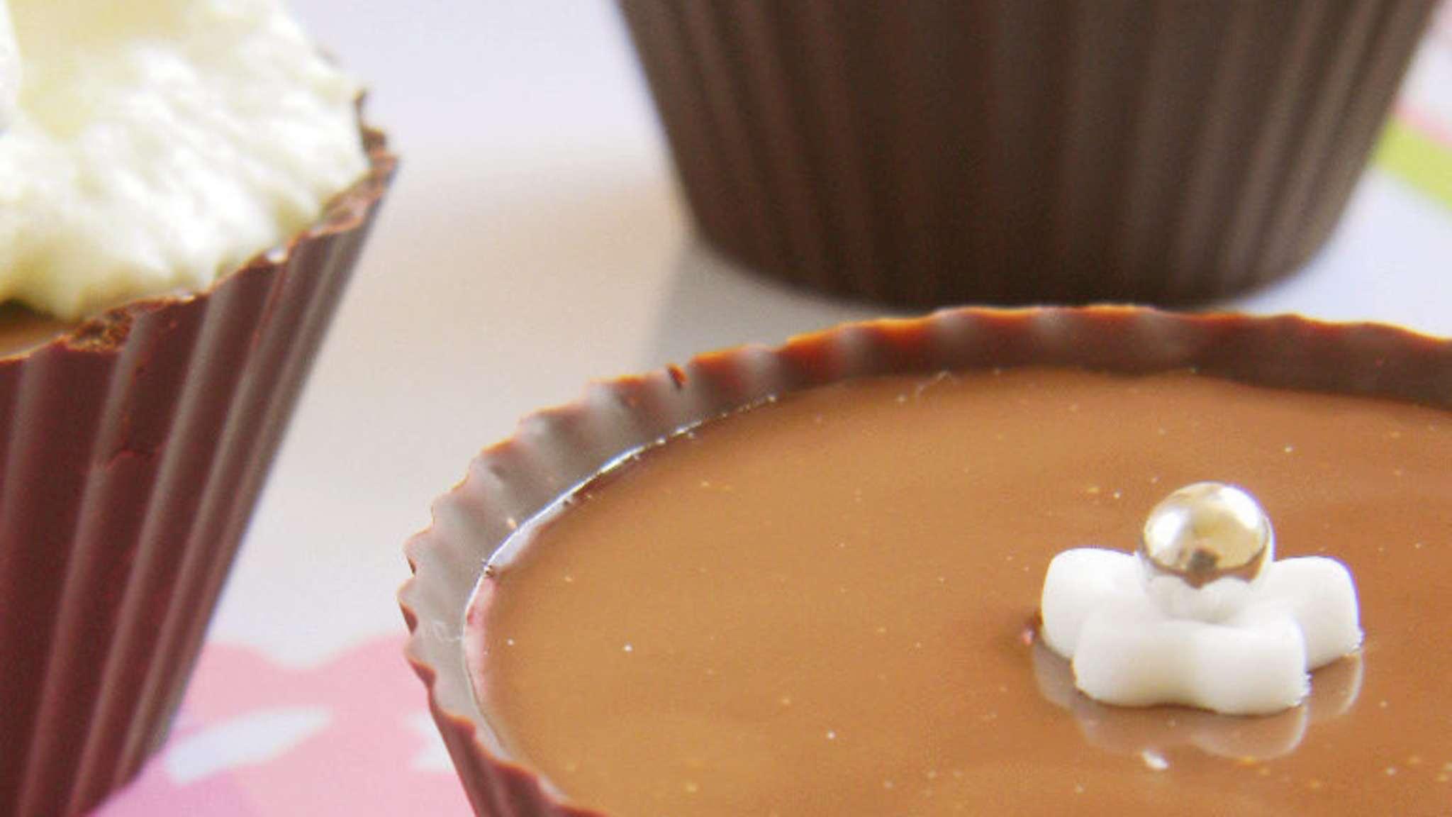 Mignardises en coque de chocolat