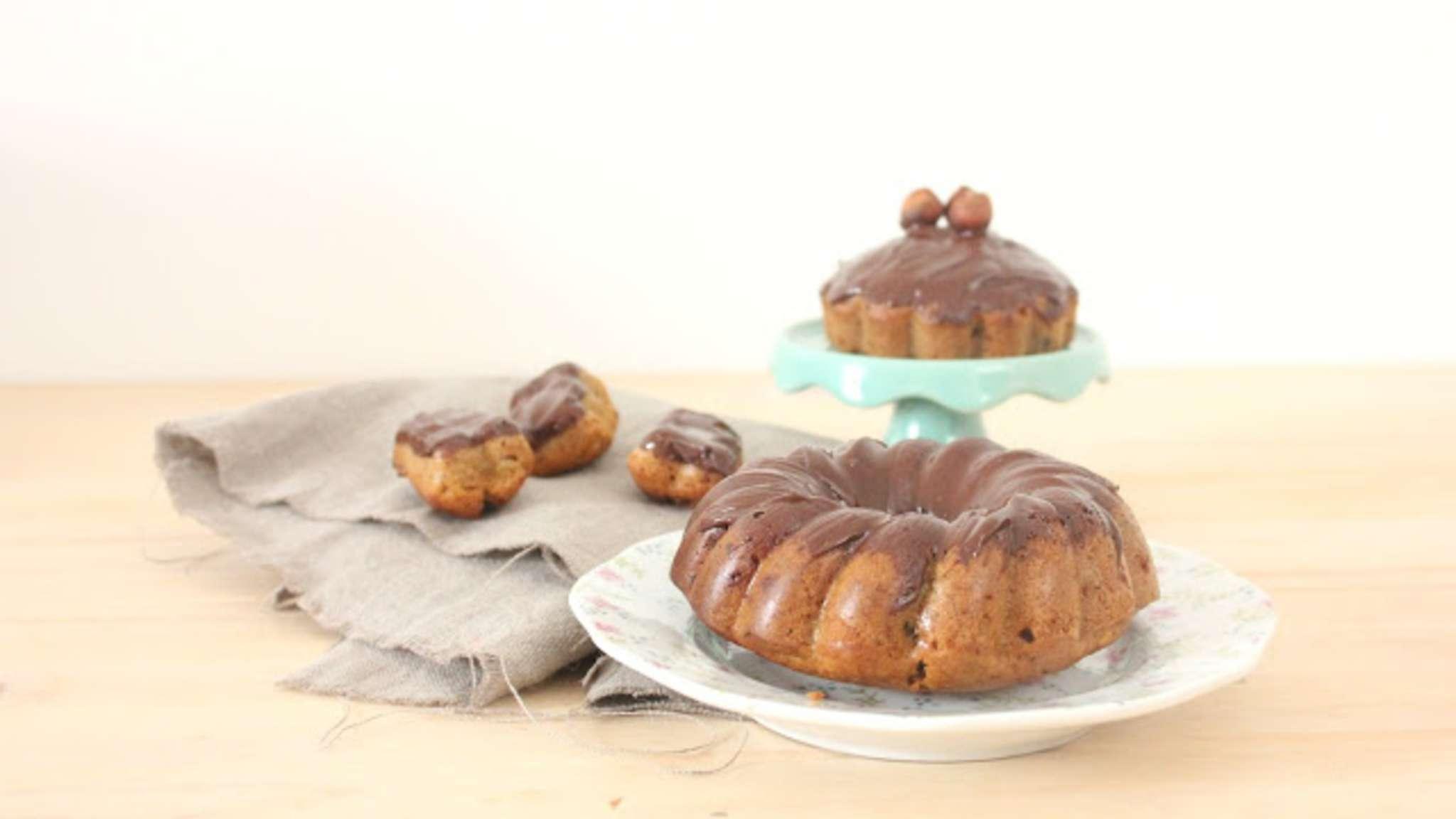 Mini cakes vegan bananes, chocolat et noisettes