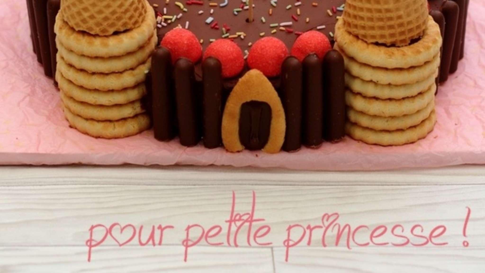 """Gâteau d'anniversaire """"Château de princesse"""""""
