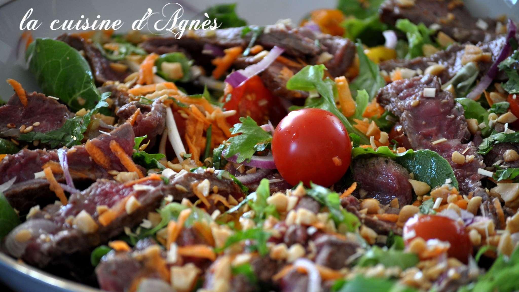 salade épicée au boeuf grillé