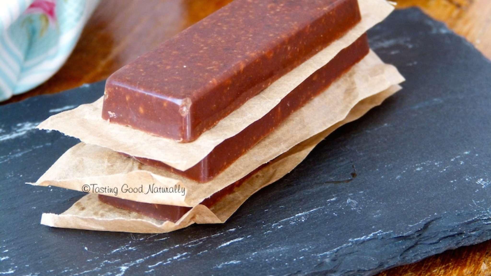 Chocolat aux mûres blanches, lucuma et noisettes