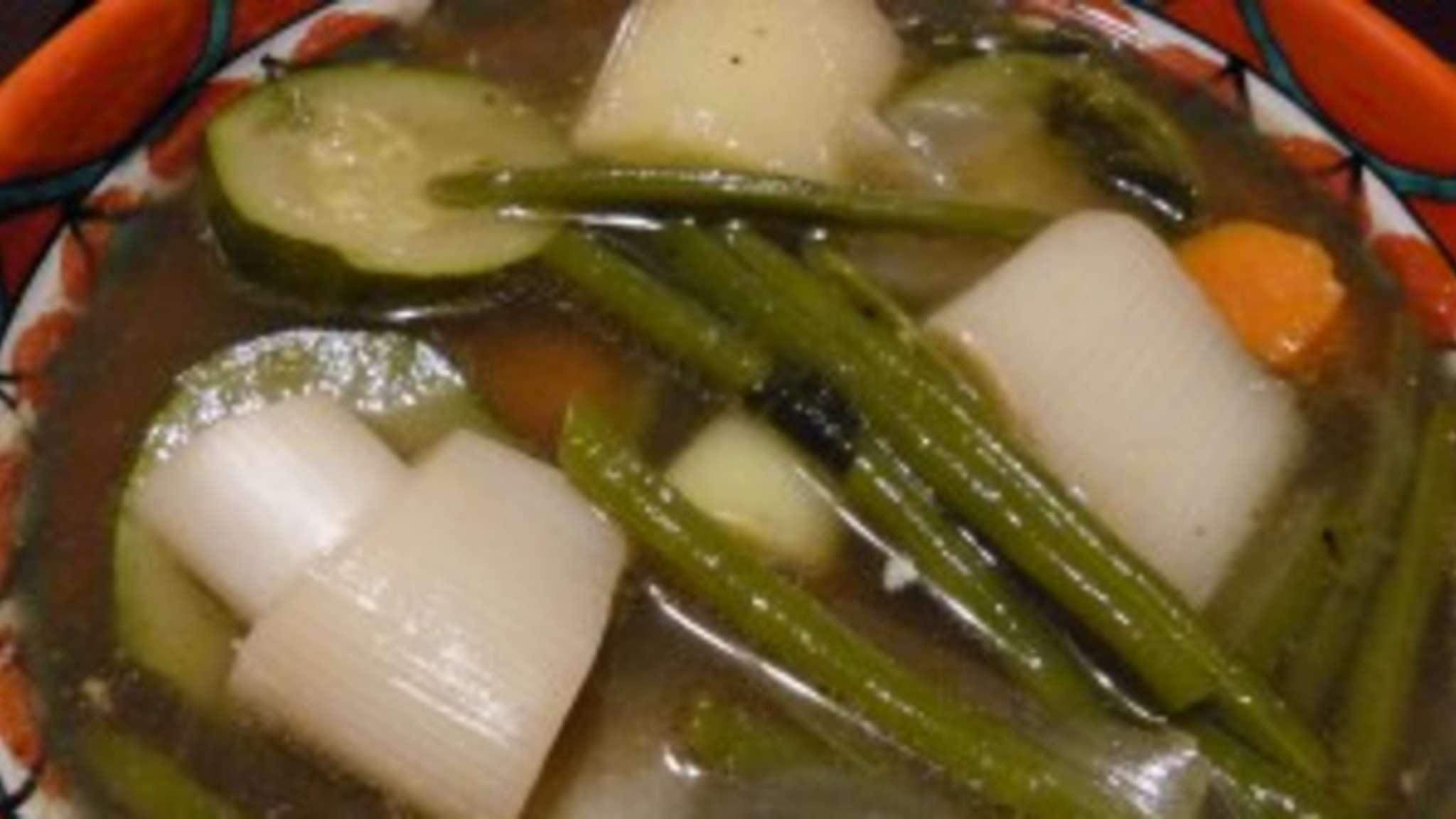 Bouillon de légumes au poulet