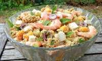 Salade de couscous à la menthe, crevettes et mangue