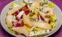 Salade de poires, roquefort et noix