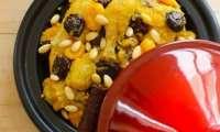 Tajine de poulet mqalli aux fruits secs
