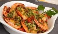 Cassolettes de scampis aux tomates fraîches, chapelure à l'ail, persil et parmesan