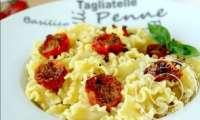 Pâtes aux tomates cerises au four comme à Brindisi