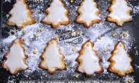 Sapins de Noël aux amandes et épices