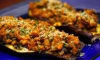 Aubergines farcies aux oignons, tomates et pignon de pin - vegan - (Turquie)