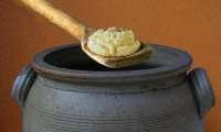 Fromage fort fabriqué avec des restes de fromages (Lyon, Beaujolais, Bresse)