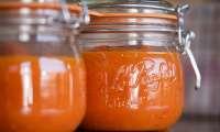 Conserve de coulis de tomates et poivrons - vidéo