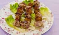 Brochettes de filet de porc aux mirabelles