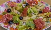 Salade de jambon au roquefort et raisins