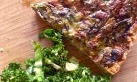 Quiche aux poireaux et champignons, croute au parmesan