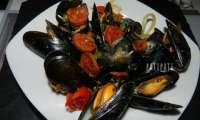 Moules aux tomates et chorizo
