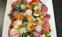 Bresaola aux tomates et roquette