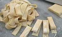 Détailler les pâtes sans laminoir