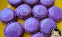 Macarons à la violette et chocolat blanc