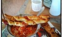 Aubergines à la tomate façon Iman Bayildi et croustillons au jambon et à la mozzarella