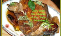 Gigot braisé au four aux échalotes, vin rouge et vinaigre balsamique
